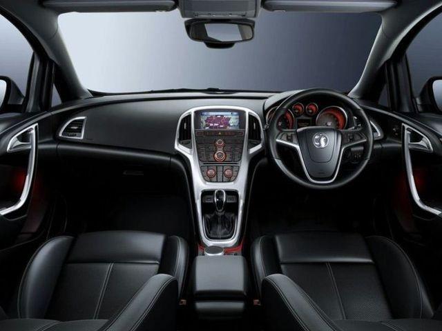 McCarthy Call-A-Car: New OPEL Astra 1.4T Enjoy 5-dr MY10. www.callacar.co.za