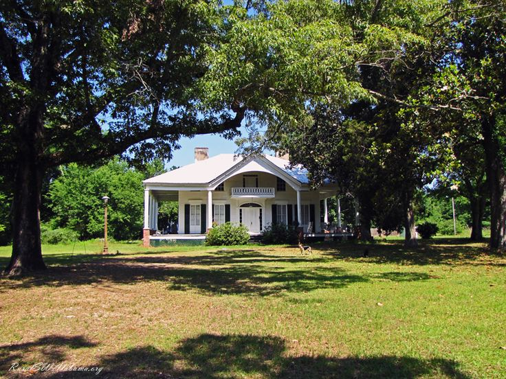 Capell-Huff House at Pebble Hill, AL (antebellum - built ca. 1850, recorded in the HABS.) - Rural Southwest Alabama