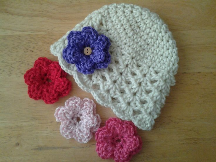 crochet baby girl hat with 4 flowers (0-3 months) free shipping