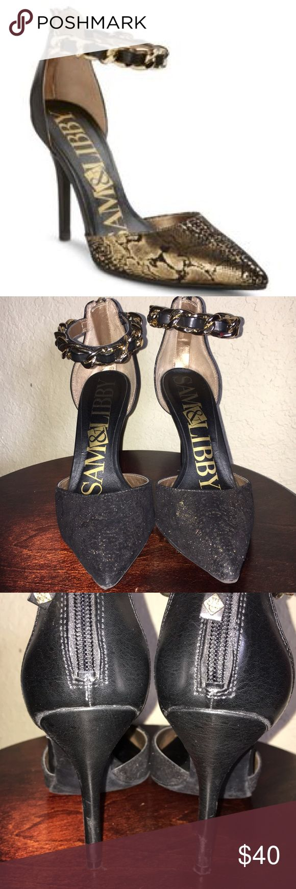 Sam and Libby Gold Snakeskin Ankle Chain Pumps Sam & Libby Gold Snakeskin Ankle Chain Pumps. Gently worn with the backs of heels showing the most wear (see third photo). Plenty of life left in them! Super cute, I just don't wear heels much anymore and I'm moving so I want to reduce clutter 😊 Size 6. Sam & Libby Shoes Heels