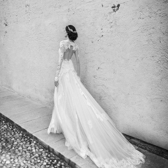 These romantic and glamorous gowns from Alessandra Rinaudo's newest bridal collection are guaranteed to sweep you off your feet!