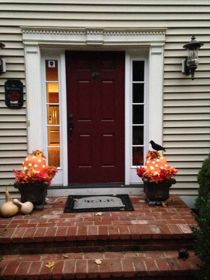 1000 Ideas About Front Stoop Decor On Pinterest Outdoor