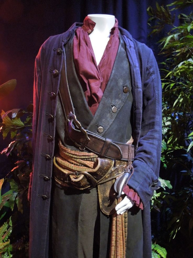 Pirates of the Caribbean: At World's End~ Will Turner's pirate Outfits