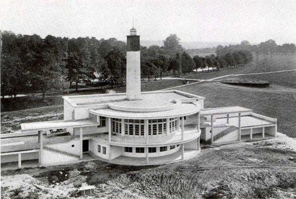 Základní a mateřská škola (Elementary school and kindergarten), Josef Gočár, Hradec Králové, Czechoslovakia 1926-1928