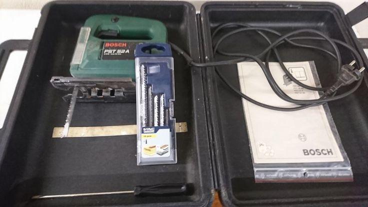 Scie Sauteuse BOSCHPST 52A – 270 wattsCoffret 10 lames scie sauteuse  en T MAC ALLISTER. (Bois, métal).Pas de caution pour lame cassée à condition de revenir avec et même cassée.Coffret et notice.Tournevis pour changer de lame.