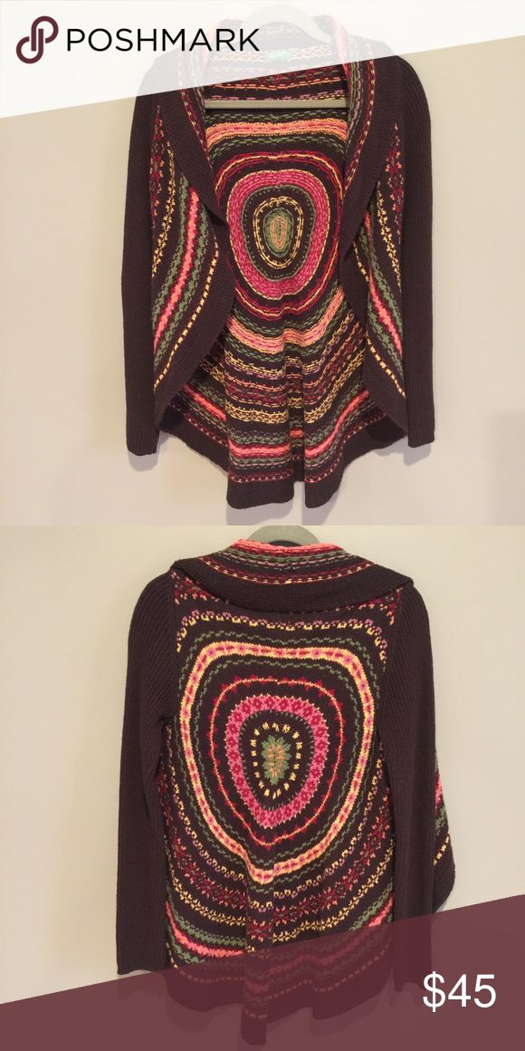 United Colors of Benetton shrug sweater. United Colors of Benetton shrug sweater. Brown arms with multicolored center. Barely ever worn. Excellent condition. United Colors Of Benetton Sweaters Shrugs & Ponchos