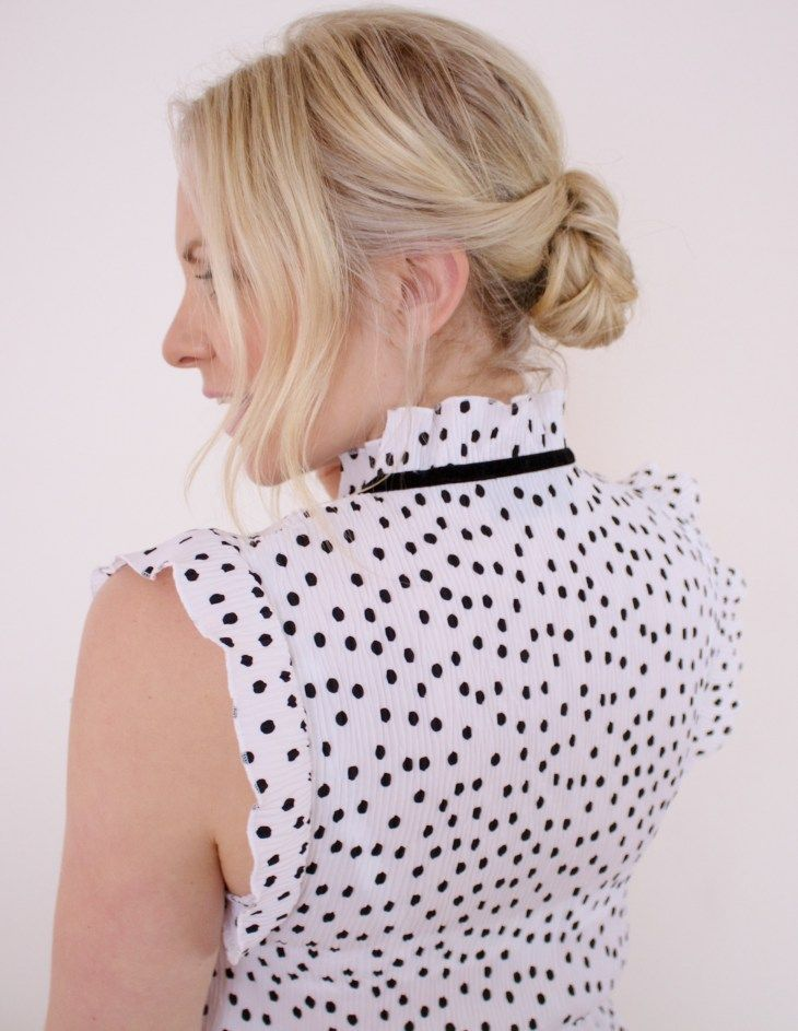 The low bun tutorial Step by step how to plus video! So simple to create at home!