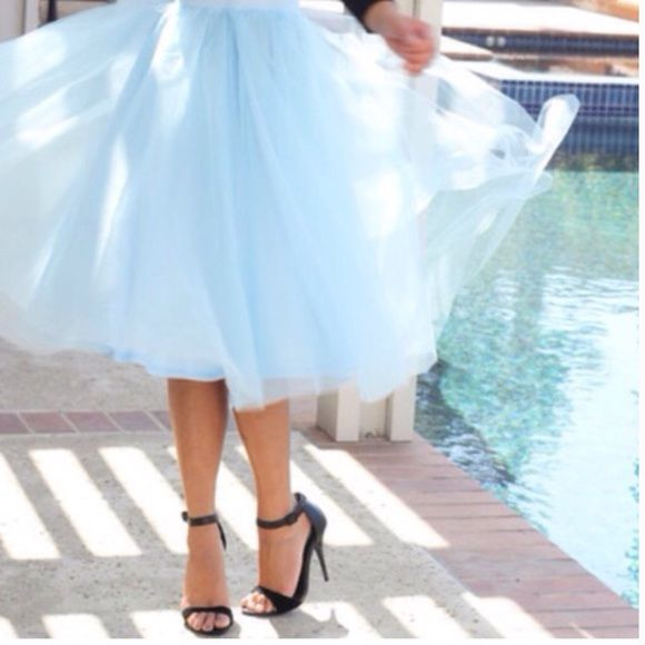 GORGEOUS CUSTOM LIGHT BLUE TULLE SKIRT! Tulle Skirt is Lined & has 5 Layers. Skirts