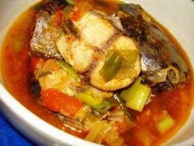 Semur Tongkol - Disini ada kumpulan tips rahasia cara membuat video bumbu masakan resep semur tongkol atau pindang ikan asam sunti yang paling enak serta super pedas.