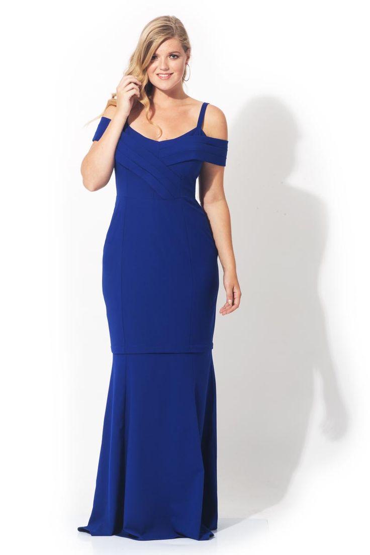 Göz alıcı elbisenizle davetlerin en beğenileni olun. Büyük bedenlere özel kesimiyle hem zayıf gösterecek hem de çıkabilen eteğiyle çok yönlü kullanım sunacak #siyah #abiye #elbise #buyukbeden #buyukbedenabiye