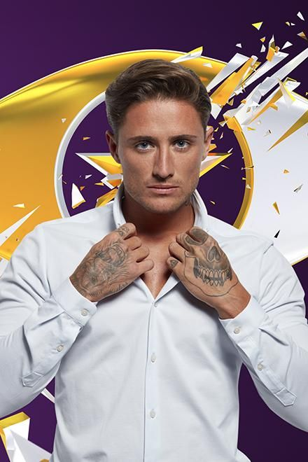 CBB 2016 Stephen Bear Age: 26 Twitter: @stephen_bear Home town: Walthamstow Star of Ex on the Beach