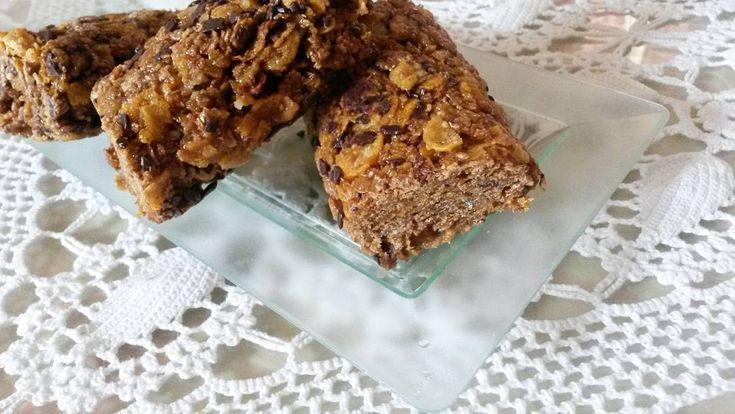 Merenda veloce #homemade con biscotti digestive, corn flakes e scaglie di cioccolato fondente 😍 @ipasticcinidinina_food  #buonappetito #sabato #dolce #chocolate #foodpic #cereali #barretta #cioccolato #cornflakes #biscuits #digestive #recipes #homemadefood #sweet #eating #goodlunch #break #fast #hungry #bontaitaliane #delicious #food_ipasticcinidinina #cioccolato #biscotti #tasty #igers #picoftheday #igersitalia #foodporn #goodmorning