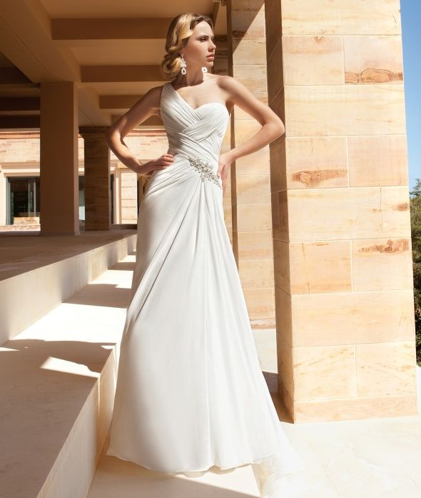Destination Romance Style DR189 by Demetrios