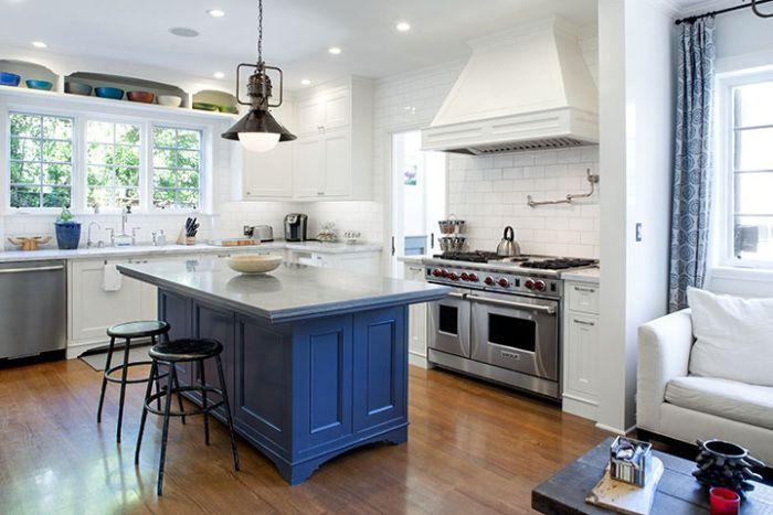 joe-jonas-lists-west-hollywood-home-for-2-9m5