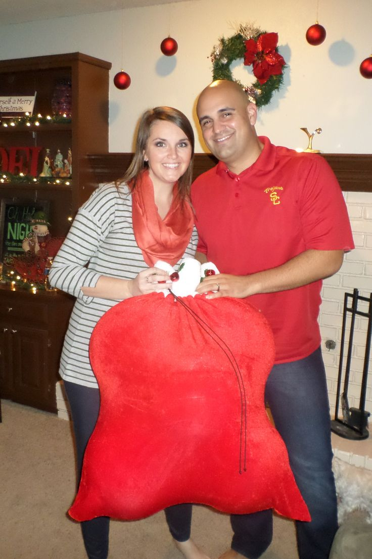 Christmas Gender Reveal Party: we had the party store fill a Santa bag with the gender reveal balloons- green for boy and red for girl