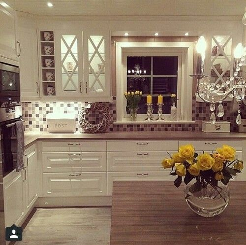 the most beautiful homely kitchen so cosy
