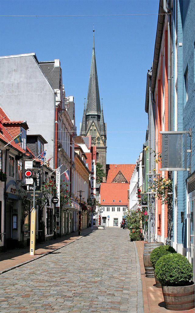 http://www.gluecksburg-urlaub.de Flensburg (Schleswig-Holstein)