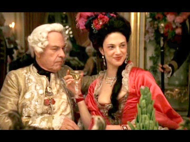 Photo of Asia Argento from Marie Antoinette (2005) with ...