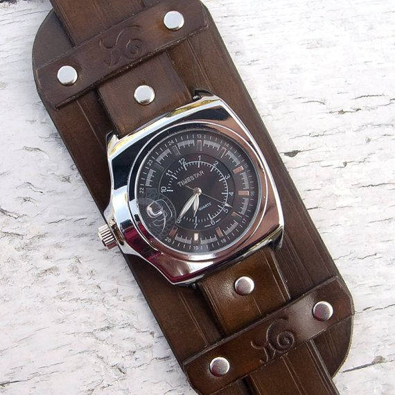 Mens Leather watch Antique brown leather Wrist Watch by Jullyet