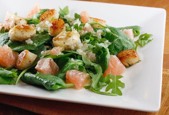Seared Scallops, Grapefruit, Arugula and Spinach Salad with Champagne Vinaigrette.: Seafood Recipes, Scallops Salad, Vinaigrette Recipe, Champagne Vinaigrette, Spinach Salads, Arugula, Grapefruit, Healthy Seafood, Seared Scallops