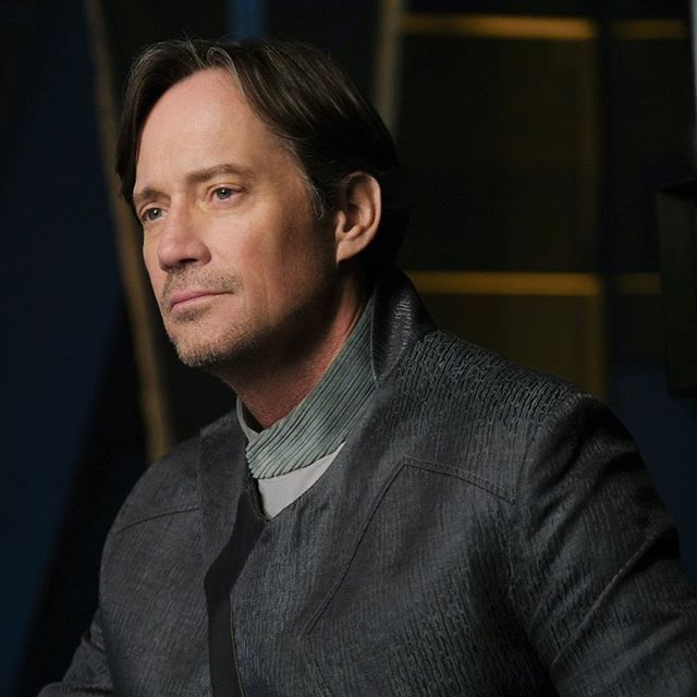 All new #Supergirl 5 days Away #KevinSorbo plays Lar Gand #cw #DCcomics
