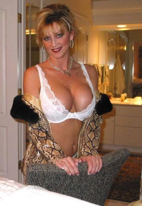 manchaug milf personals Local massachusetts non-binary, trans & crossdresser profiles browse our free sex personals according to region  milf threesomes trans new.