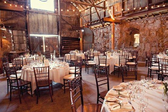 """""""A vidéki otthon"""": Esküvő pajtában.. Inspiráció helyszínekhez és dekorációhoz"""