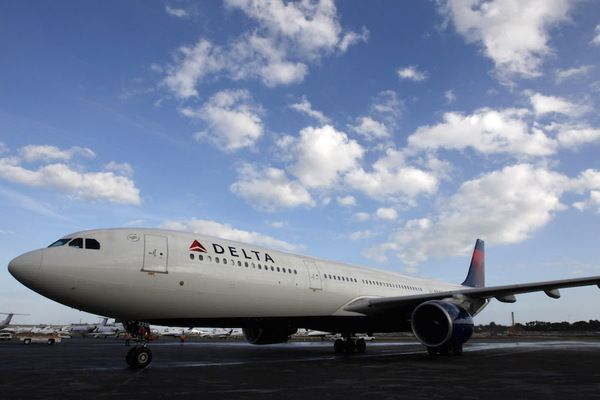 """Delta faces losing up to $450 million as it pulls out of prior contracts to buy fuel at set rates, or """"hedging"""" against spikes in price. As oil prices hover near historic lows, many airlines are reconsidering the practice."""