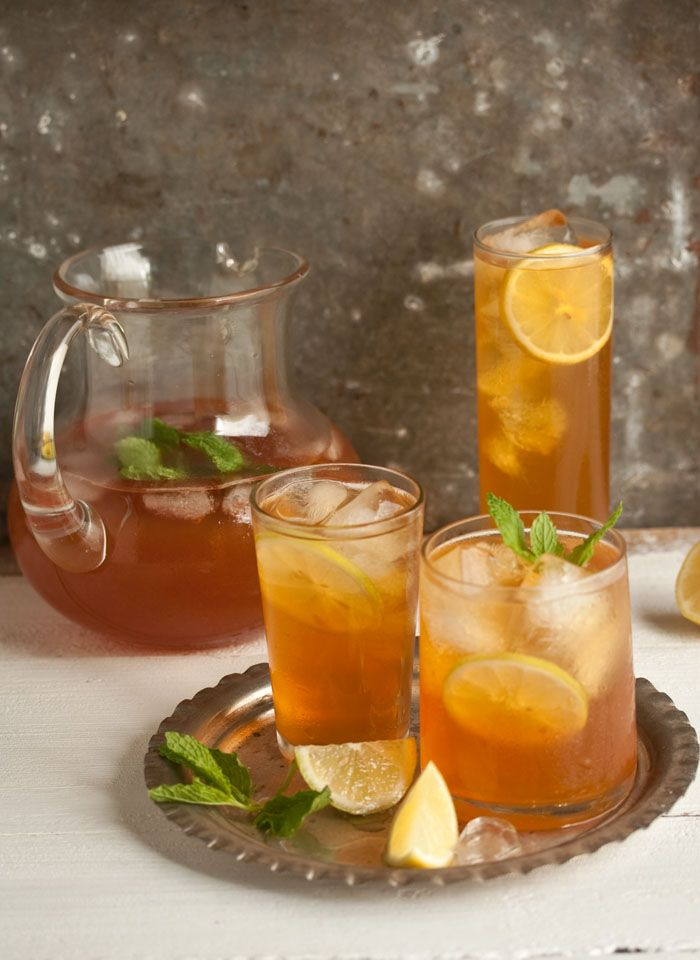 home-made ice tea with ginger, mint and lemon