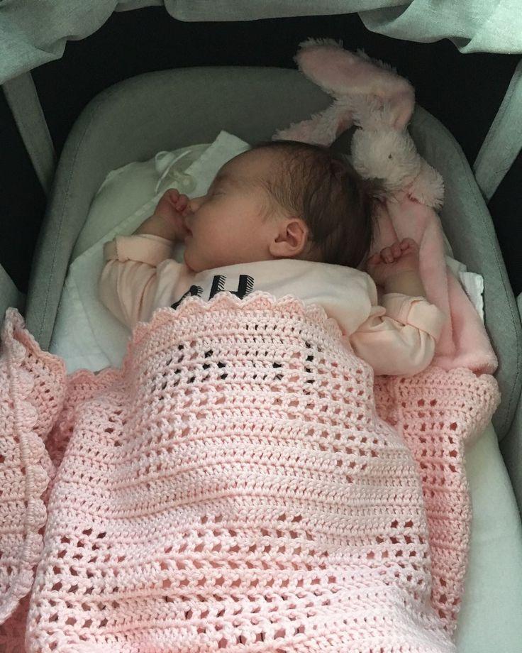 Zoals jullie in mijn vorige blog (van 2 maanden geleden) hebbenkunnen lezenwas ik uitgenodigd voor een babyshower van een vriendin en had...