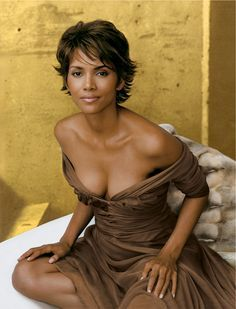 Halle Berry on Wearing Lingerie Like a Parisian and Her New Line, Scandale – Vogue--Love this haircut :)