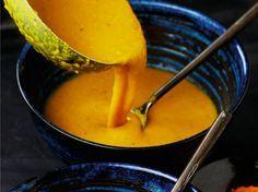 Avec les lectrices reporter de Femme Actuelle, découvrez les recettes de cuisine des internautes : Potage lentilles-curcuma