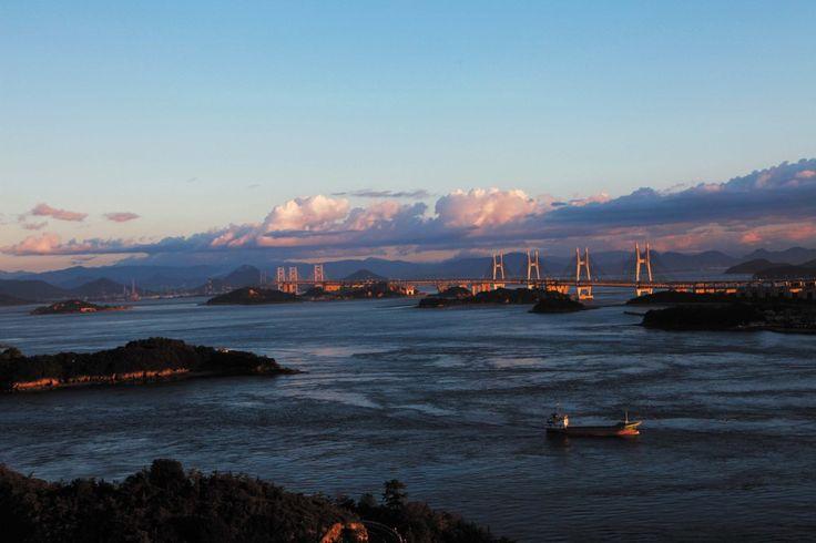 瀬戸内海に沈む夕陽