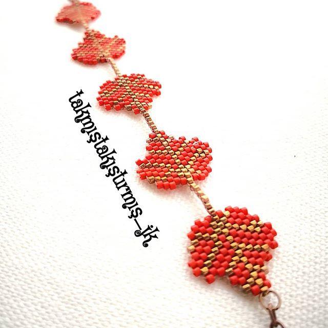Özel sipariş yaprak bilekliğimiz kullanıcısı için hazır..... ☘️ #takmıştakıştırmış #miyuki #delika #doğaltaş #boncuk #takı #kolye #küpe #bileklik #yüzük #ring #earing #neaklace #bracelet #bead #handmadejewellery #desing