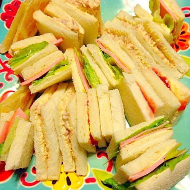 ツナマヨ ハムレタス いちごジャム シュガートースト - 18件のもぐもぐ - 朝ごはん(๑′ᴗ‵๑)I Lᵒᵛᵉ♥サンドイッチ by さくたえ