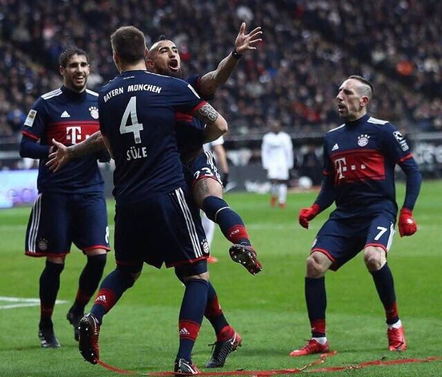 Bundesliga: Lacklustre Bayern Munich beat Eintracht Frankfurt to stretch lead #FCBayern   Bundesliga: Lacklustre Bayern Munich beat Eintracht Frankfurt to stretch lead  Berlin: Bayern Munich struggled to a scrappy 1-0 victory over Eintracht Frankfurt in the Bundesliga on Saturday but it was still enough to stretch their lead to eight points and make sure they will stay top when the winter break starts this month.  The German champions who showed none of the spark that saw them beat Paris St…