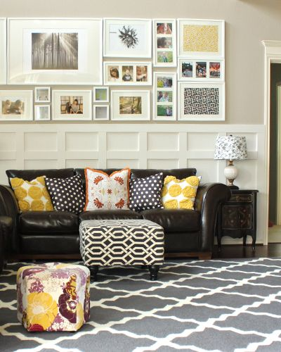 cute living room! Love the yellow accents