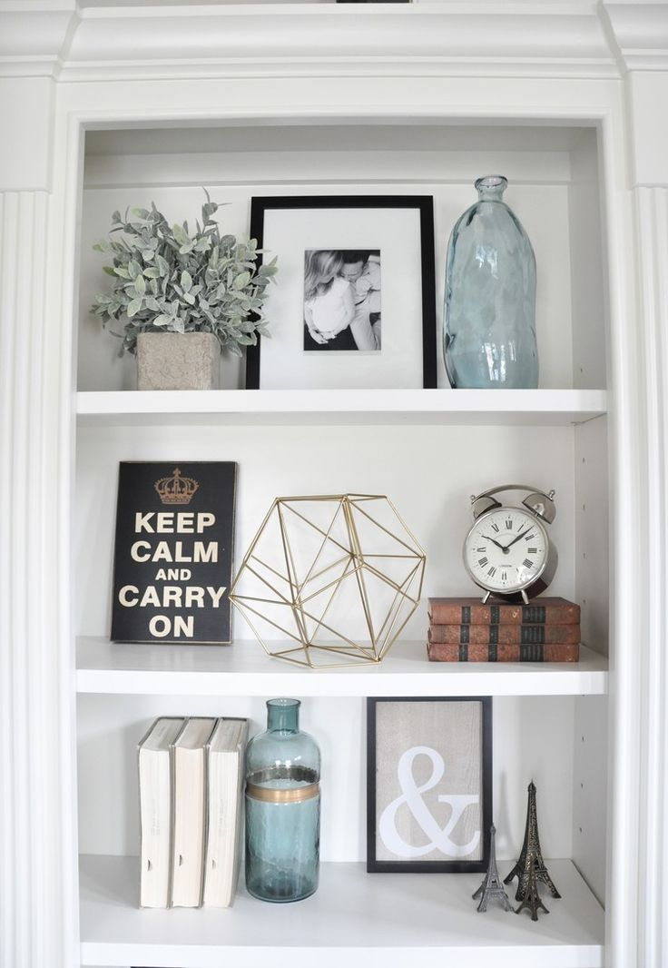 I get a lot of questions on my Instagram feed about how to style built-ins.  They are such a great architectural feature to have in a home!  I have to  admit that when I walk into a house that has built-ins, I get pretty  excited about it.  They are great for adding interest and coziness to a  s
