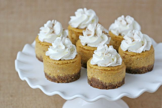 Mini Pumpkin Cheesecake Recipe - by Glorious Treats  http://www.glorioustreats.com/2012/11/pumpkin-cheesecake-recipe.html