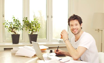 How to Find Companies That Let You Work from Home