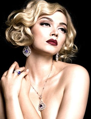 vintage vanity <3<3 Visit http://www.makeupbymisscee.com/ For tips and how to's on #hair #beauty and #makeup