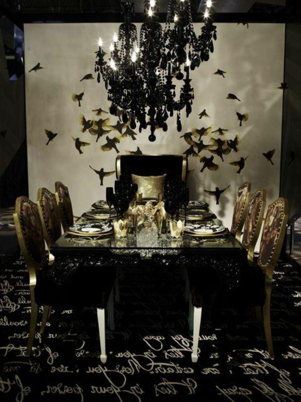 Un chaise baroque pour la chambre quand et où