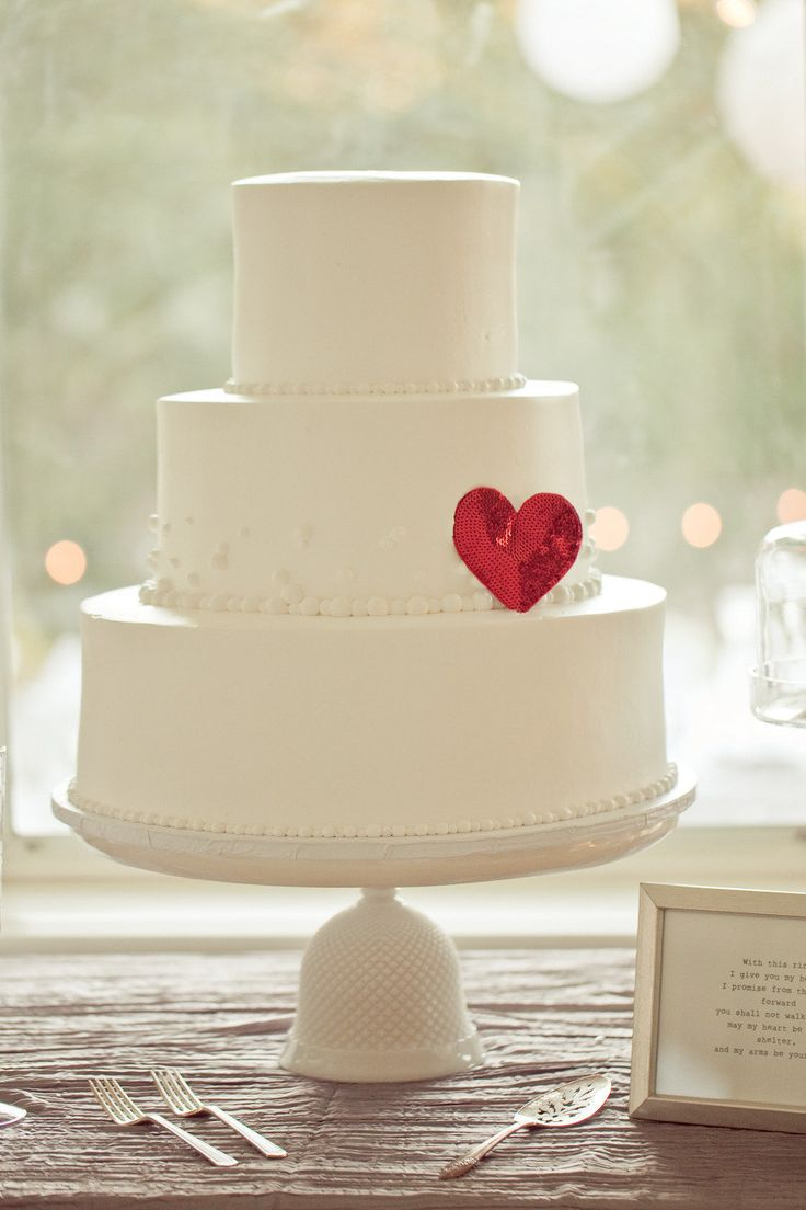 Photography by Carlie Statsky | Cakey by Euro Delights Bakery
