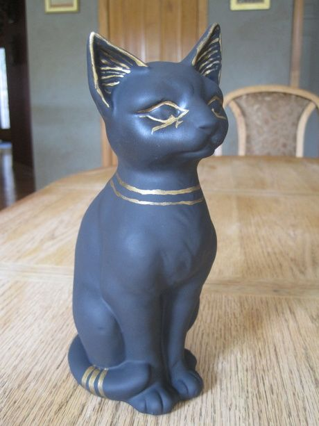 Turned a cat statue into Anubis for a mummy room.