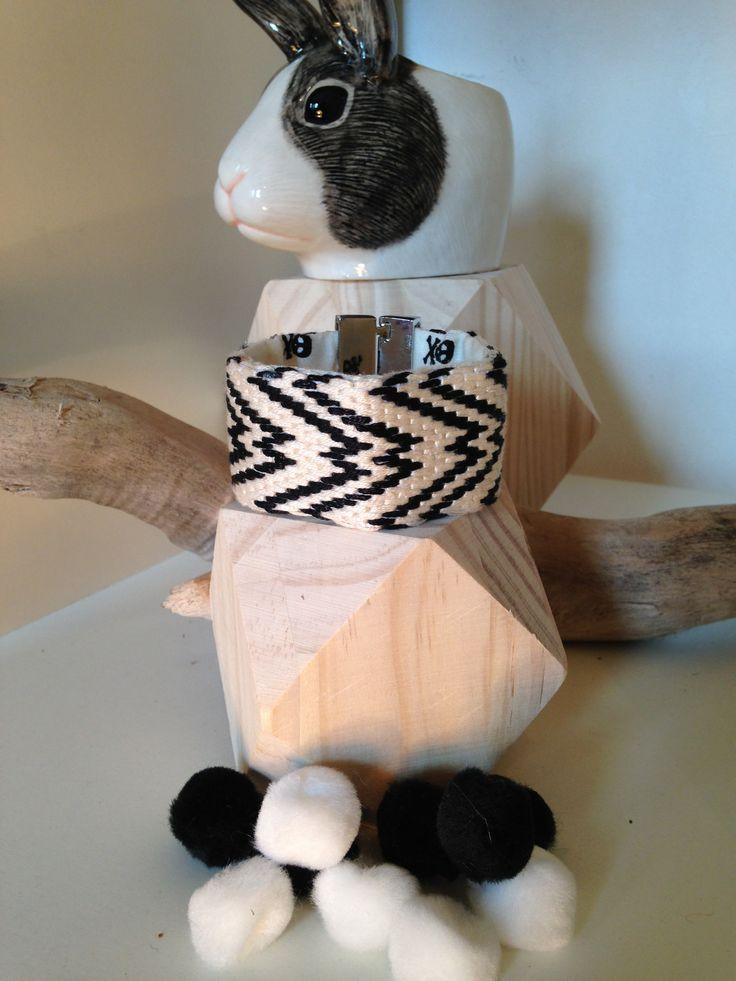 """Manchette """"Black & White"""" E.Made : HandMade By Elise www.emade.bigcartel.com"""