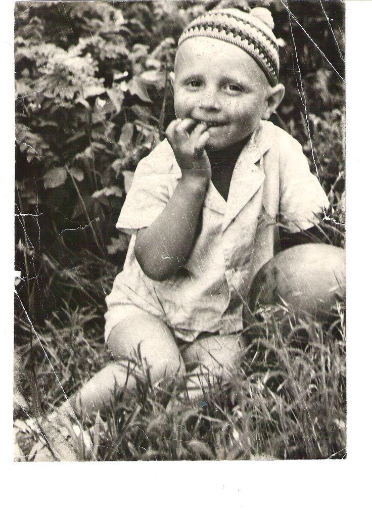 Dad as a little boy :)
