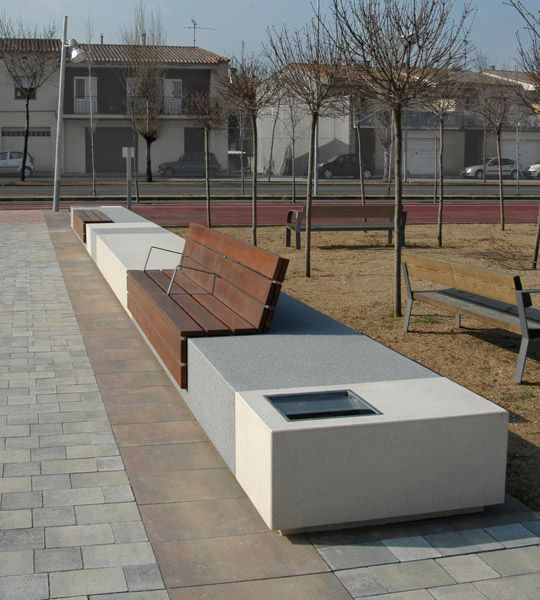 Contemporary public bench in wood and stone (with backrest) - LONGO by  Manuel Ruisnchez