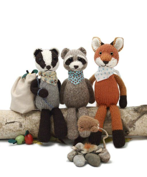 Knitting patterns for raccoon, badger, fox Backyard Bandits and more wild animals knitting patterns