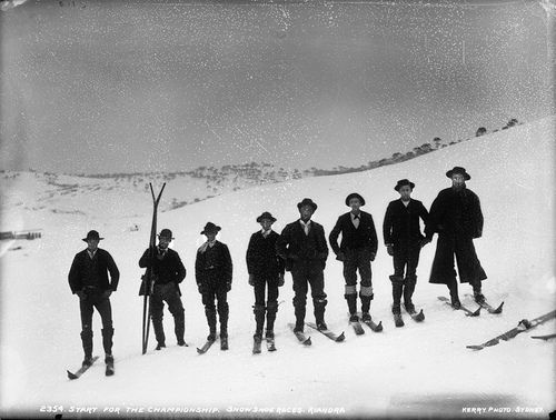 Snow Australia history - Start for the championship, snowshoe races, Kiandra, New South Wales #snowaus