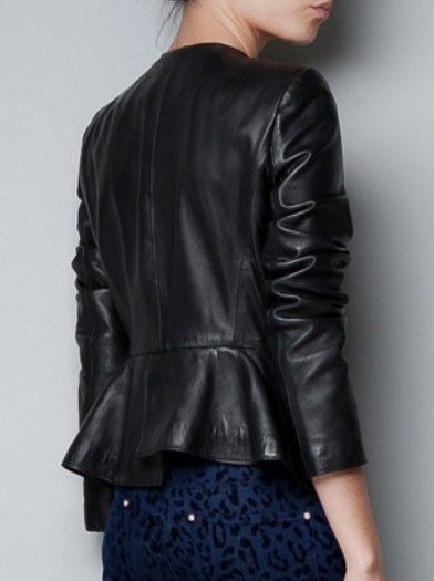 Love the Ruffle Hem of this great jacket~